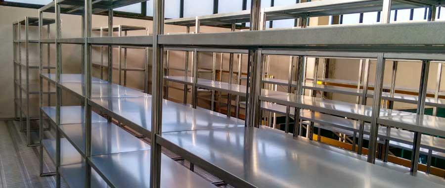 Scaffalature In Ferro Usate.Scaffalature E Scaffali Ad Incastro Con Finitura Zincata